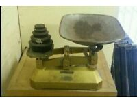 VINTAGE GPO SCALES AND WIEGHTS