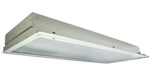 Fluorescent Ceiling Fixture