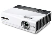 BenQ w600 Projector - spares or repairs, with working bulb, remote and lens