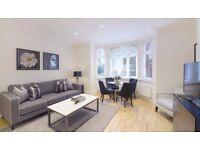 2 bedroom flat in Hamlet Gardens Hamlet Gardens, Ravenscourt Park, W6