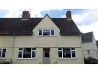 STUDENT HOUSE TO LET; 4 BEDS; PARKING; FREE WIFI & SKY; NEWLY REFURBED