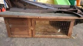 Rabbit/guinea pig hutch with cover