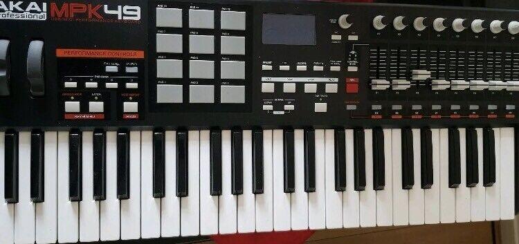 AKAI MPK49 Master MIDI Keyboard   in Islington, London   Gumtree