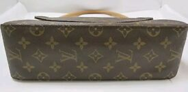 LV Louis Vuitton shoulder handbag used 2-3 times still like new