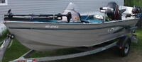 1998 Lowe bass boat and trailer
