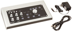 UR28M6-in/8-out USB 2.0 audio interface