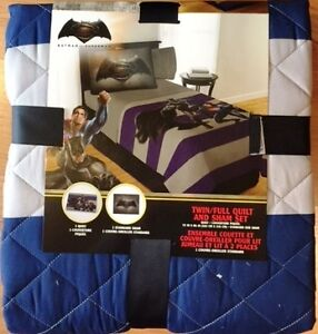 NEW Batman Quilt and Sham Twin/Full Set in original package