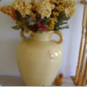 FLOOR VASE Kitchener / Waterloo Kitchener Area image 1