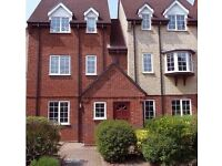 2 Double Rooms to rent. Includes shared bathroom and kitchen