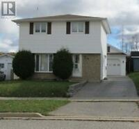 Spacious & Well Kept 2 Storey Home In Elliot Lake! Try An Offer!
