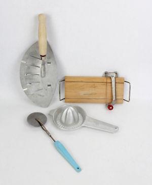 Vintage kitchen items ebay for Kitchen set items