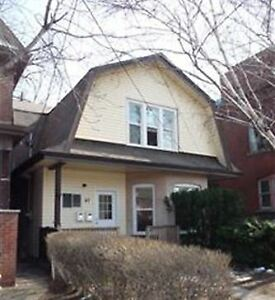 Gage Park - Large 2+ bedroom ground floor apartment w/ laundry