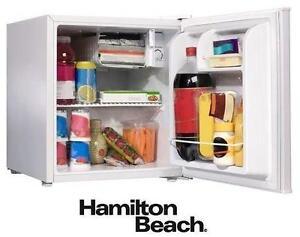 NEW HB 1.7 CU. FT. COMPACT FRIDGE WHITE - FRIDGE - HAMILTON BEACH APPLIANCE REFRIGERATOR BAR MINI DORM 79186727