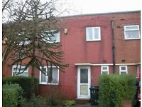 3 Bedroom House to Let in BD4 (off Tong Street)