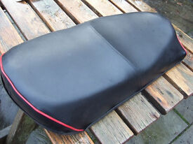 Norton Wideline seat.