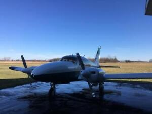 1964 Piper Aztec PA-23-250 twin engine aircraft
