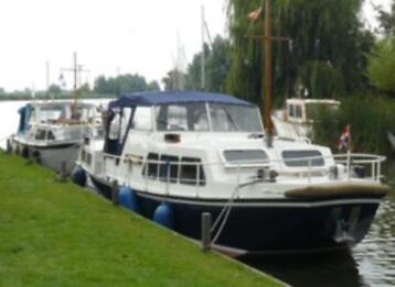 Doerak motorboot huren in Friesland? Naut Watersport