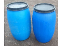 Blue Plastic Poly Barrels 150ltr with lids and locking rings