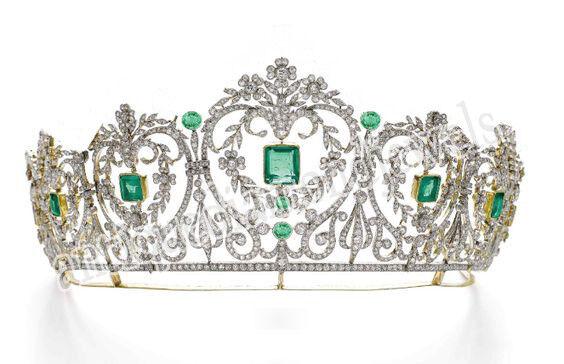 26.60ct Rose Cut Diamond Antique Look 925 Silver Wedding Emerald Gemstone Tiara