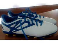 Adidas Messi 15.4 football boots size 5