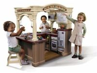 Toy step 2 walk in kids kitchen can deliver