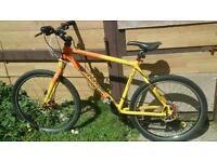 Retro Cannondale F1000 Sl mountain bike