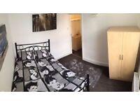 beautiful room near Stratford, very cheap ✄✄