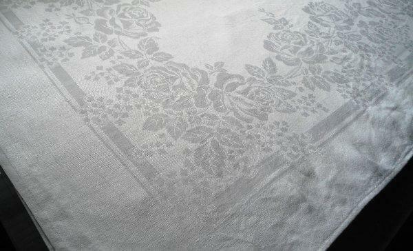 """Vintage Irish Linen Double Damask Tablecloth Roses Swag & Babies Breath 98"""""""