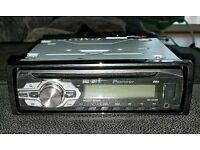 Pioneer DEH-1400UBB car stereo headunit cd player
