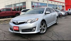 Toyota Camry SE - Leather / NAV - Low kms