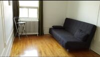 Grande chambre a louer - Large room for rent