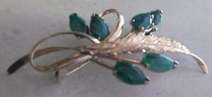 VINTAGE 9K GOLD BROOCH...