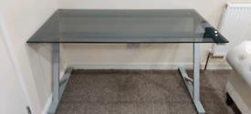 Office Desk 1400 x 750