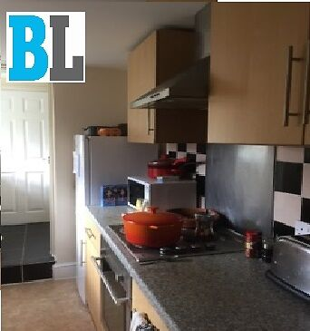 Furnished 1 Double bedroom flat To Rent Close to Town Centre (RG1) with Permit Parking