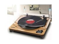 Turntable with Built-in Stereo Speakers and USB Conversion