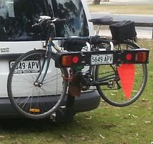 Thule tilting hitch mounted 2 bike carrier and light board Hawthorndene Mitcham Area Preview