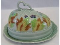 CLARICE CLIFF CHEESE DISH. LEAF & BERRIES. NEWPORT POTTERY. PERFECT CONDITION.