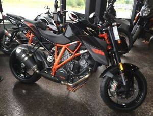 2015 KTM 1290 SUPERDUKE last years stock