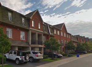 Beautiful Pickering Town home for Rent ASAP