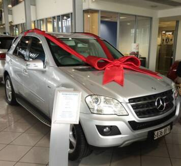Mercedes-Benz ML350 CDI BlueEFFICIENCY AMG Sports