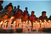 Vente de garage - Yard Sale - Red Cross Nepal Earthquake Fund