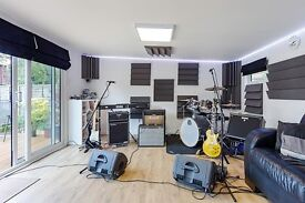 Brand New Rehearsal Studio Near Epsom close to A3 - Bands Vocalists Drummers
