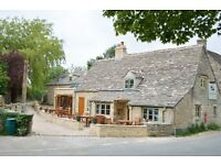 Live in Chef & FOH couple for rural Cotswold Inn