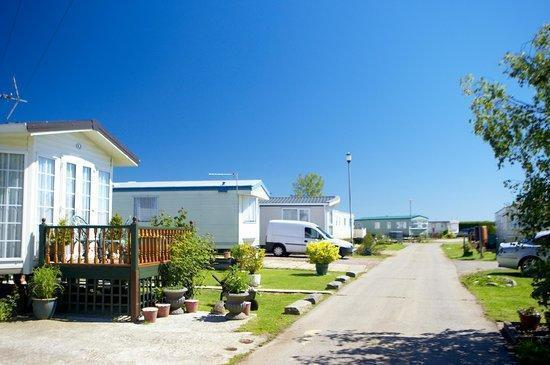 CHEAP FIRST CARAVAN, Steeple Bay, Southend, Clacton, Jaywick, Essex, Kent
