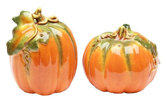 Halloween Thanksgiving Fall Pumpkins Salt and Pepper Shakers