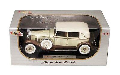 Signature Models 1930 Packard Brewster. 1:18 scale diecast model car