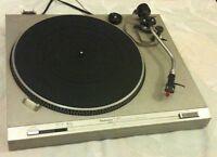 Technics SL-d212 Turntable