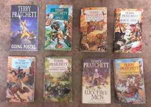 Set of 20 Discworld Books