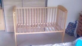 Baby cot bed with mattres