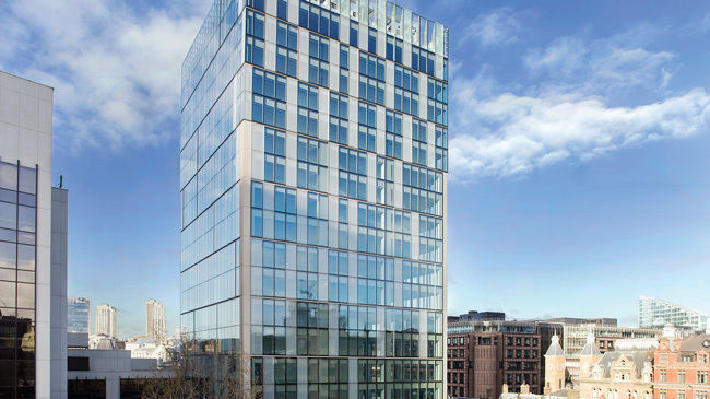 5 Person Corner Office For Rent In London EC2M | £1300 | Flexible Terms | Amazing Views